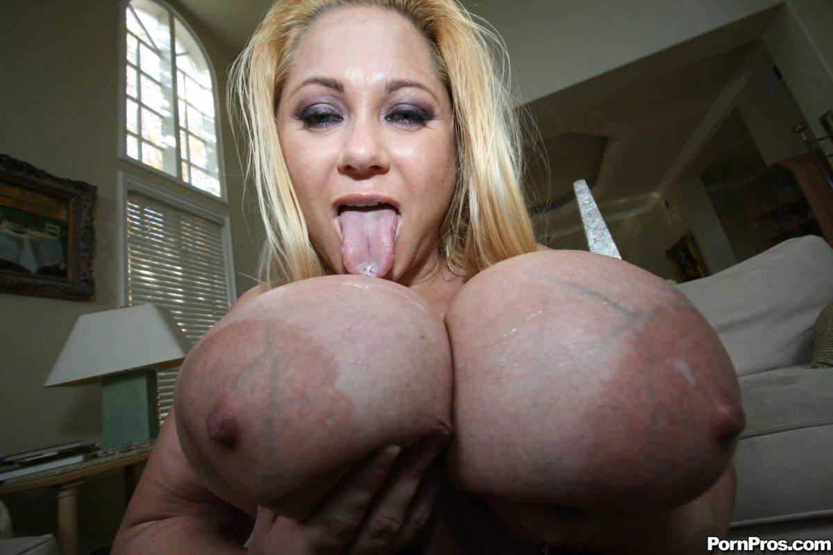 38g tits